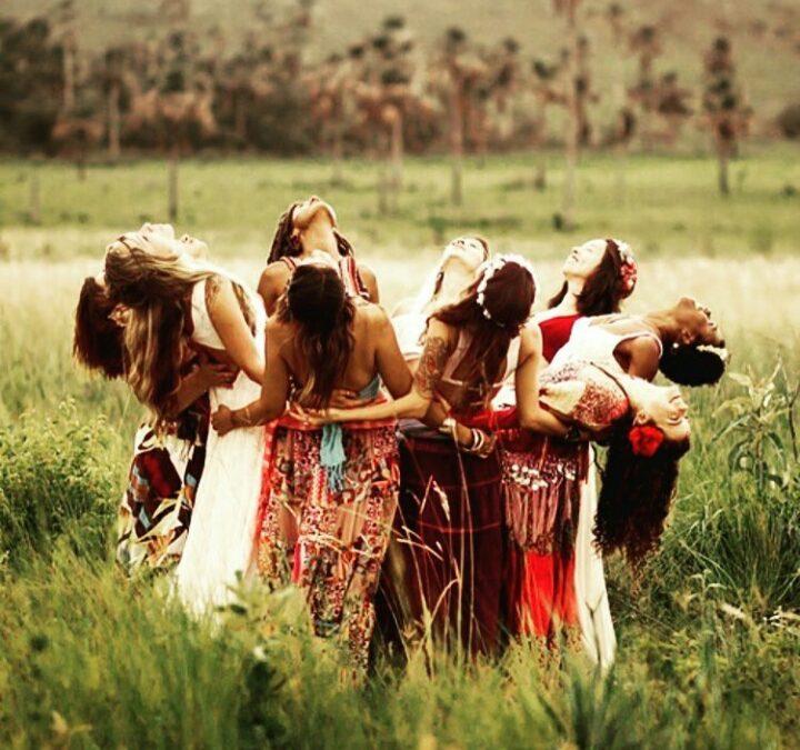 ¿Por qué las mujeres necesitan una tribu?